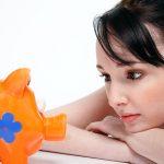 70 sposobów na codzienne oszczędności i szybsze wyjście z długów.